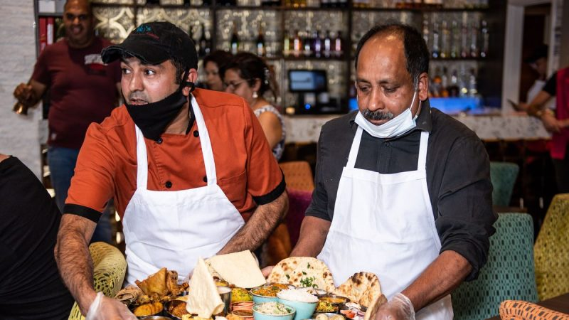 Curry house challenges hungry diners to eat massive 7kg meal worth £35 in just 1 hour