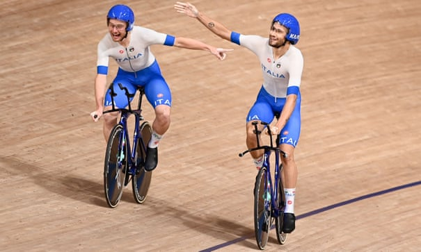 Italy win shock team pursuit gold, Jason Kenny 'struggling' in individual sprint